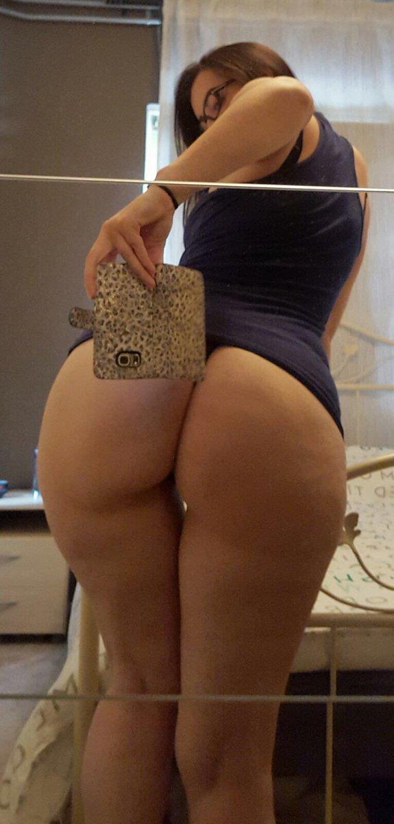 Nude Selfie 8054