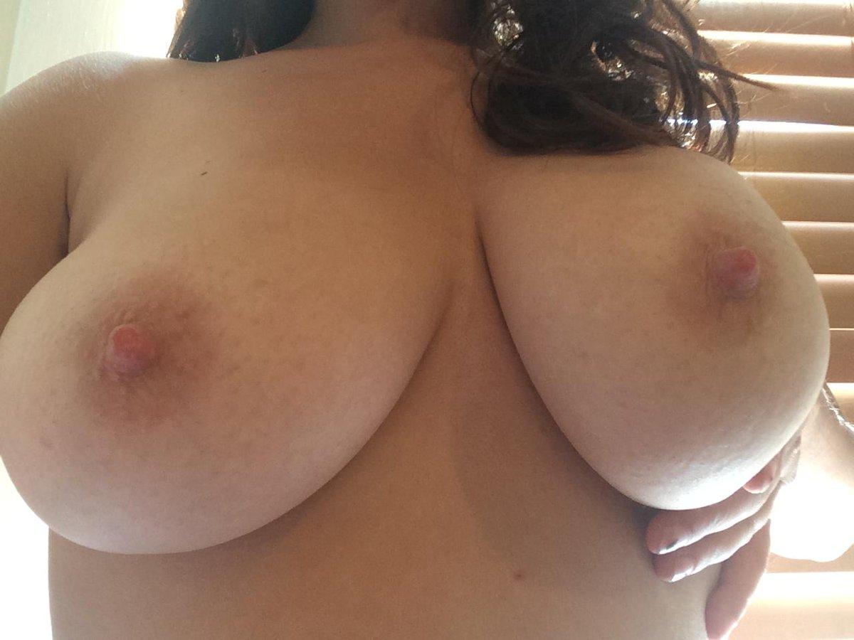 Nude Selfie 8069