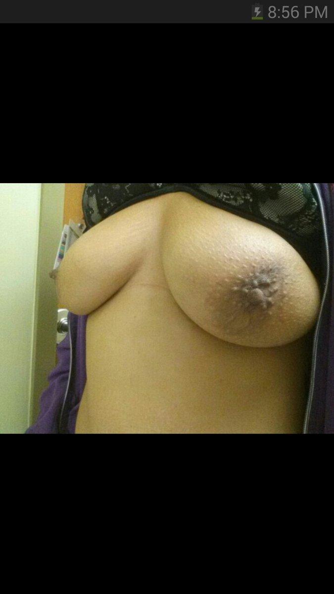 Nude Selfie 8098