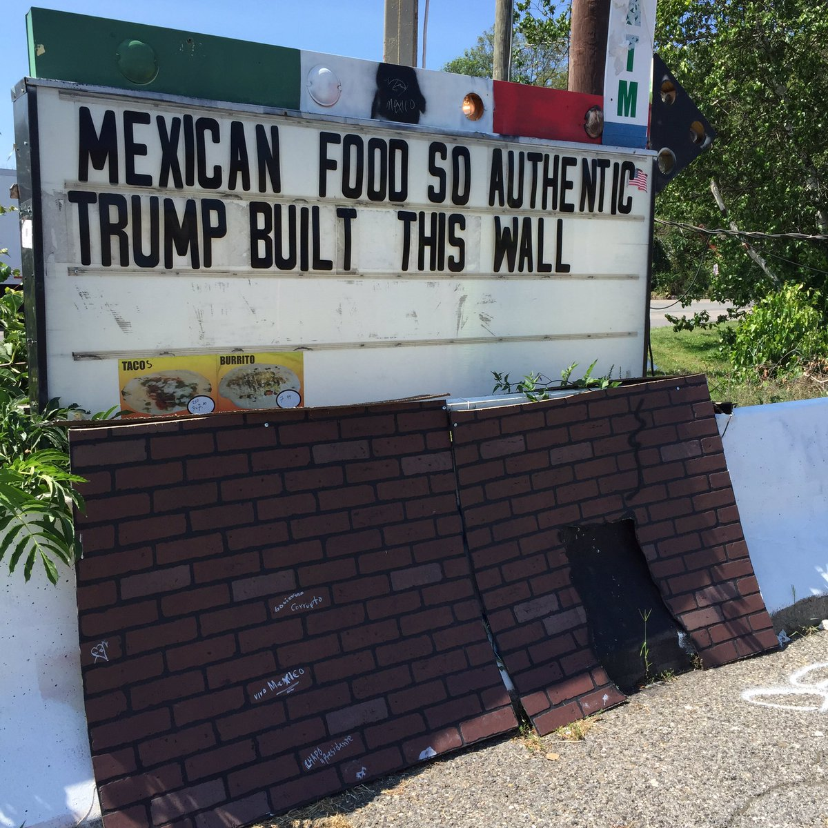 In Pennsylvania, at Zapata taco stand, off route 93. https://t.co/dc6TCqyTtt