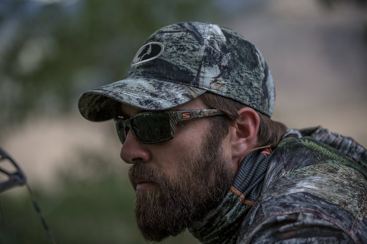 34fd0ef83f4  SkeletonOptics . Blend into  nature with our  MossyOak Break-Up Edition  Scout sunglasses. http   ow.ly LyVX303E8Fu pic.twitter.com MpOQaTlCiM