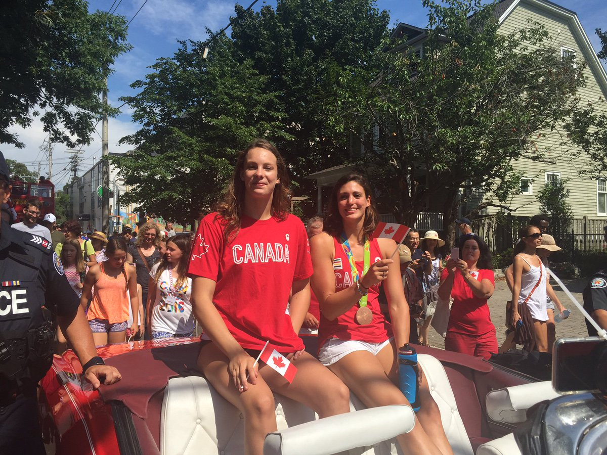 Parade held in the Beach to celebrate Rio athletes