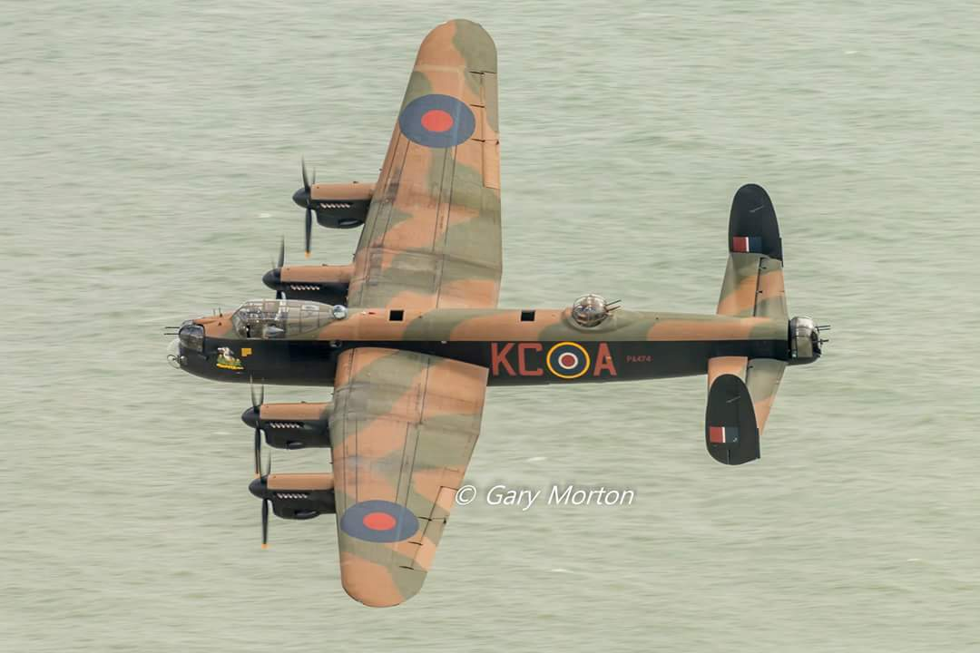 @BBMF_Preecey passing below the memorial to bomber command at beachy head of Thursday https://t.co/e9HOY0Kh5z