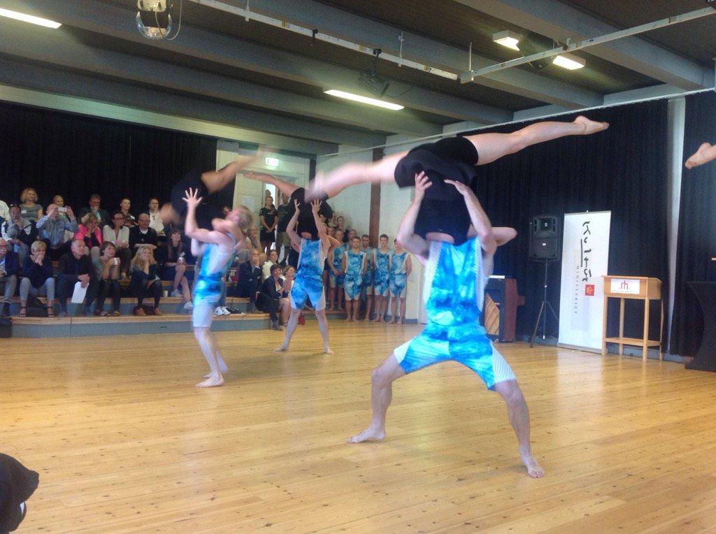 2 dagen på kulturmødet på Rødding Højskole er igang m DGI's verdenshold #roedding2016 https://t.co/RJIqj6REgd