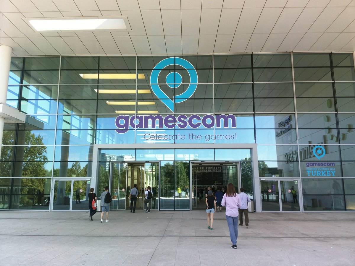 2016 Gamescom Uluslararası Bilgisayar ve Video Oyunları Fuarı Başladı