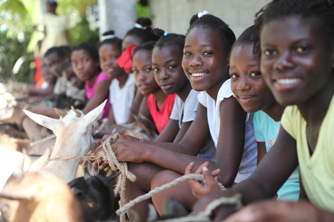 Thumbnail for Cinquième Conférence de reconstitution des ressources du Fonds mondial de lutte contre le sida, la tuberculose et le...