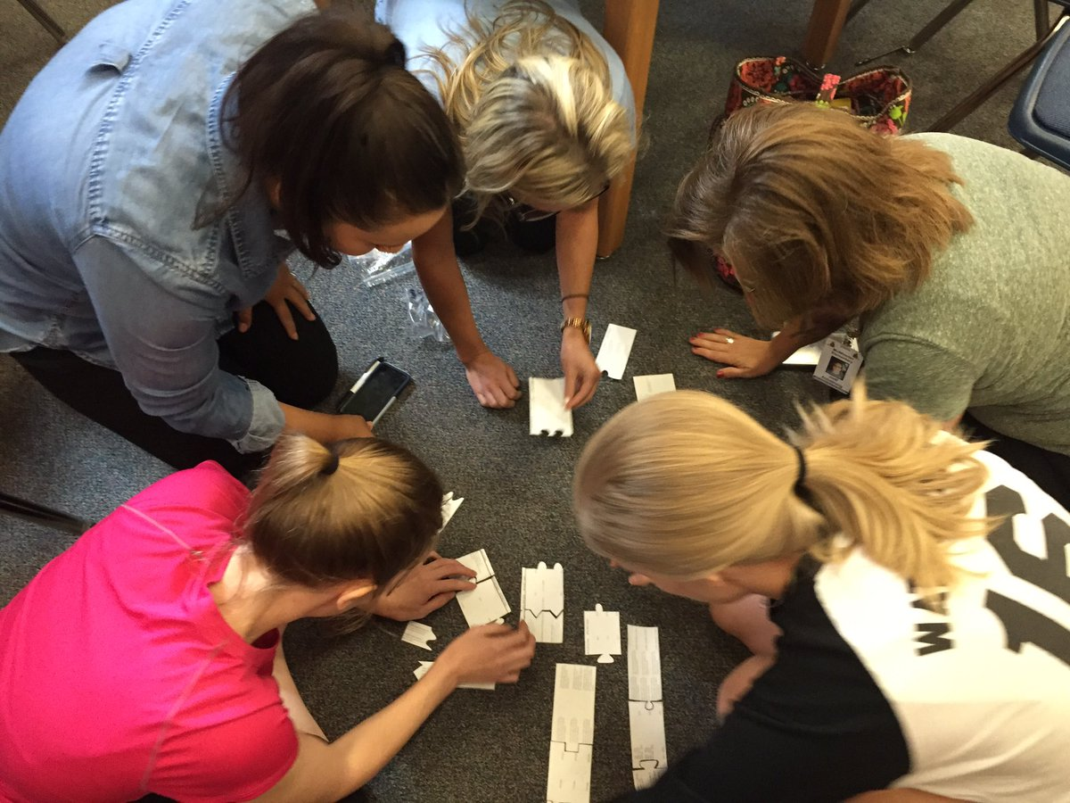 Studying data at the conclusion of a competitive scavenger hunt #mcwpln #CFBISD