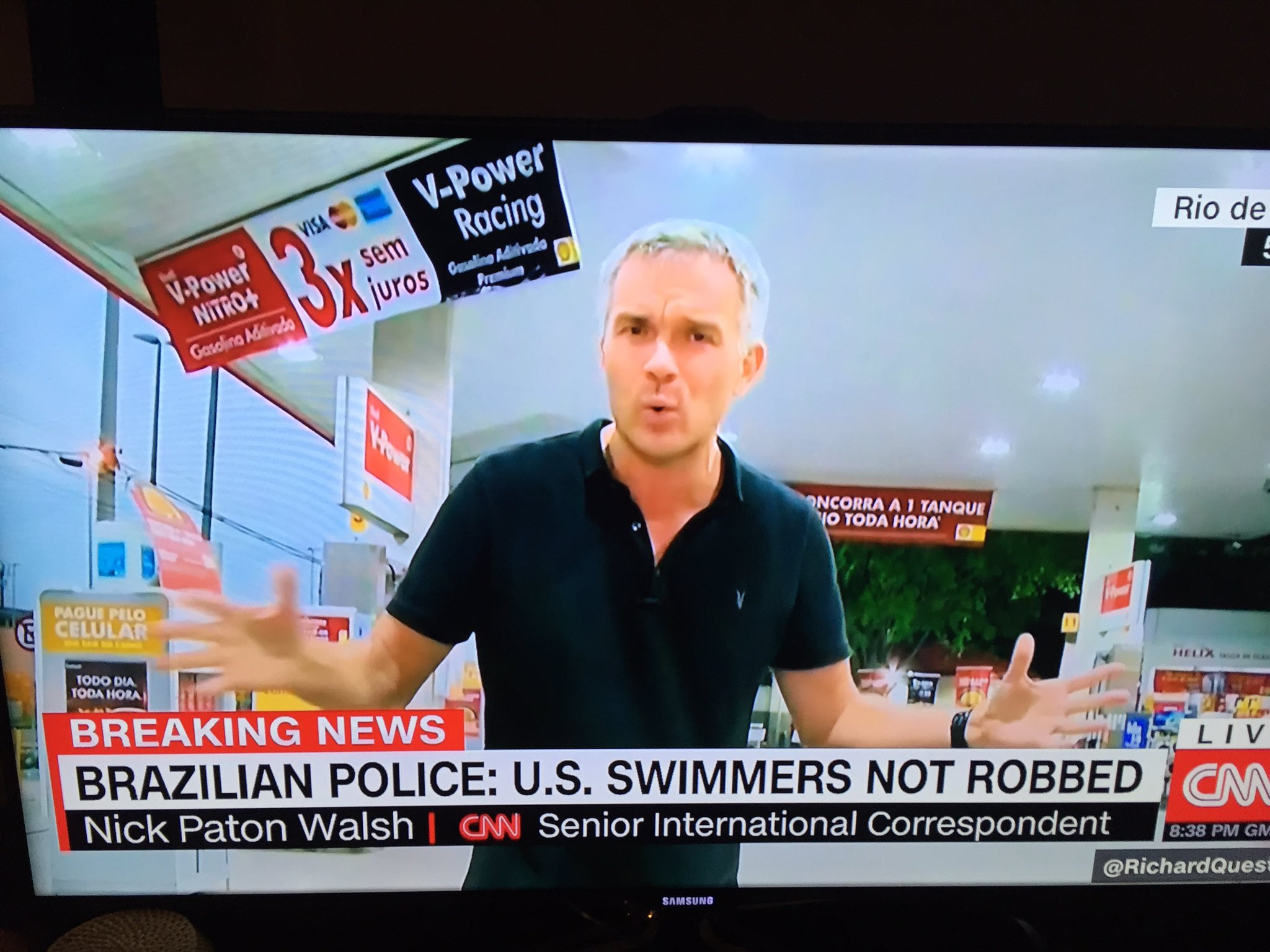 I lived long enough to see CNN live from a random gas station in Brazil reporting about alleged urinating. https://t.co/ipiqTPeosG