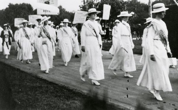On this day 1920, Tennessee gave women the right to vote by becoming the final state needed to ratify 19th amendment https://t.co/mcsAmfPysF