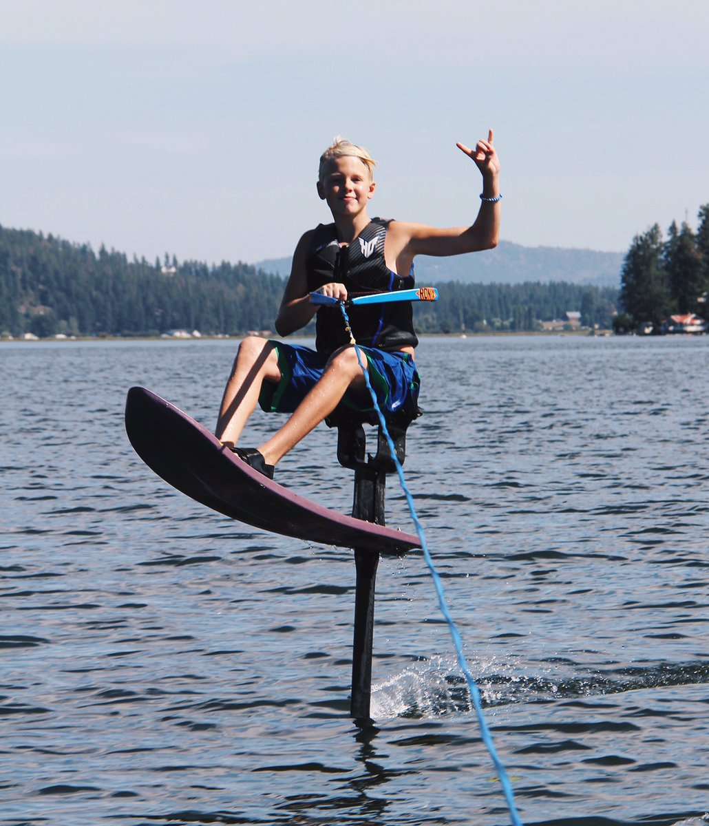 Carson Lueders on Twitter  Having a blast riding the air chair on the lake!??? check my snaps from yesterday - carsonlueders22u2026   & Carson Lueders on Twitter: