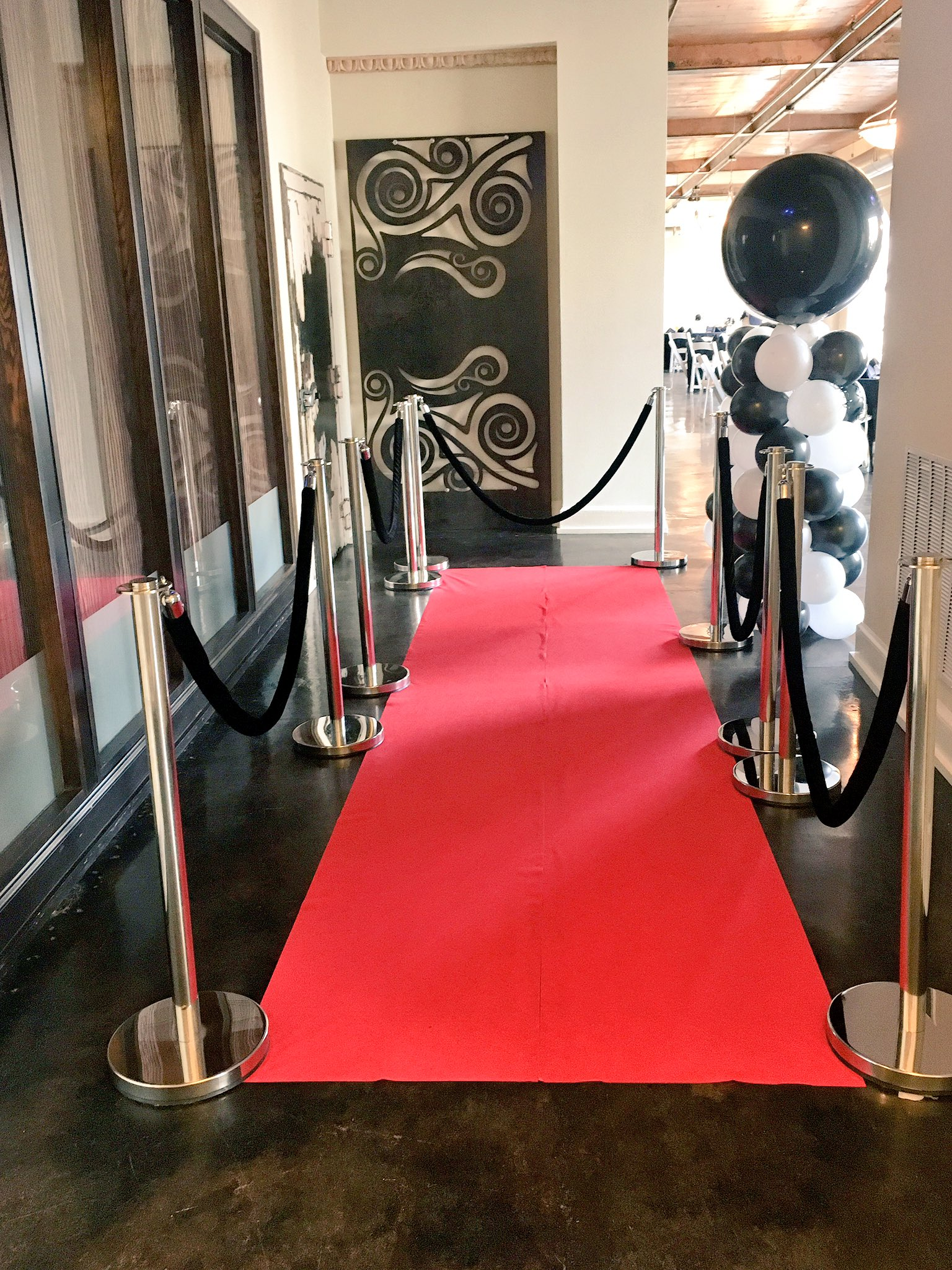 The red carpet is rolled out & #NETNTour is officially here! @BANQDowntownKpt https://t.co/R0IkP578S2