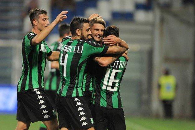 Serie A: vincono Fiorentina, Sassuolo e le Genovesi, pari Roma