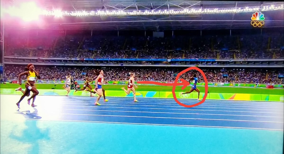 Look at the lead #DalilahMuhammad had as she won the 1st ever #Gold for #USA in the women's 400m hurdles. Congrats! https://t.co/KxwYccpD5y