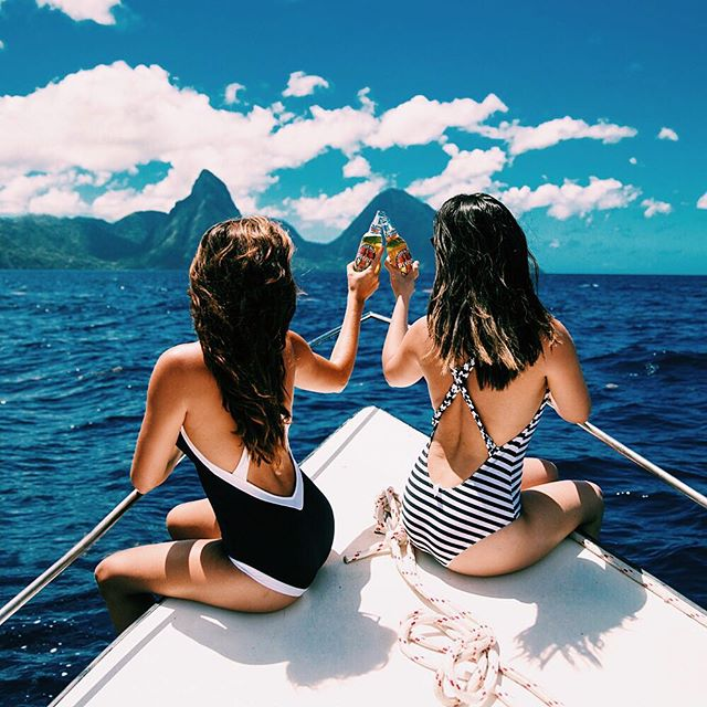 #CheersToTheWeekend!  Photo by: Rosie Londoner https://t.co/Y7xdPaLucb TGIF #SaintLucia #Travel #Caribbean #Vacation https://t.co/UbvYWgW5iw