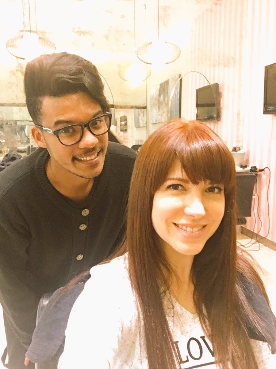 "Amalia Uys amalia uys on twitter: ""some in-salon fun, prepping my hair"