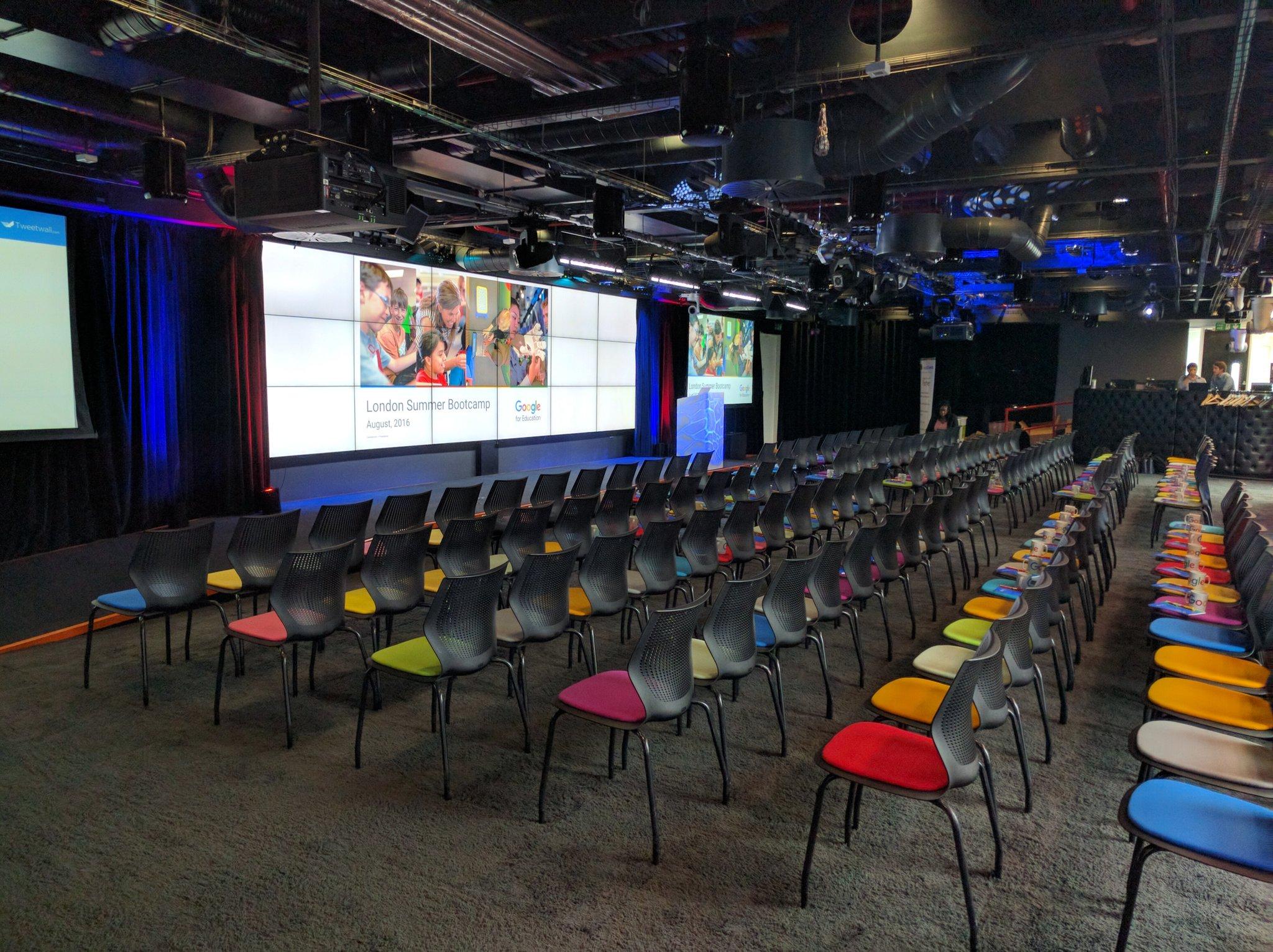 The calm before the #edtech...#edubootcamp16 #GoogleEDU https://t.co/uVcG9mTLuc