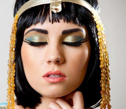 1f6400b6e Belleza Los secretos de maquillaje de cleopatra 💄 | Scoopnest