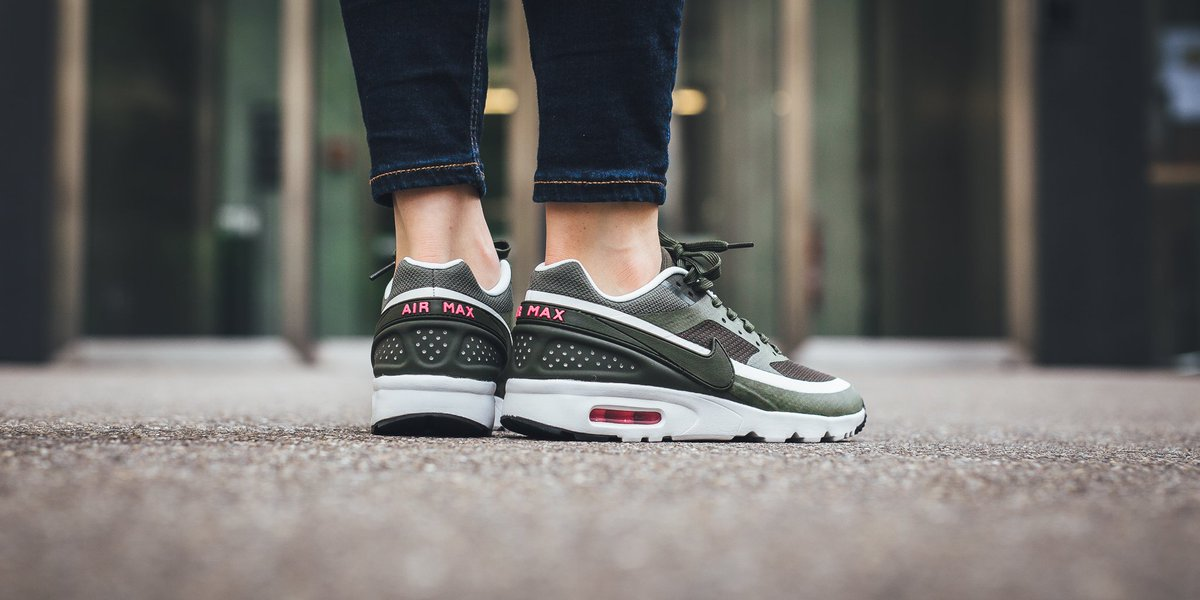 nike air max bw ultra cargo khaki summit white