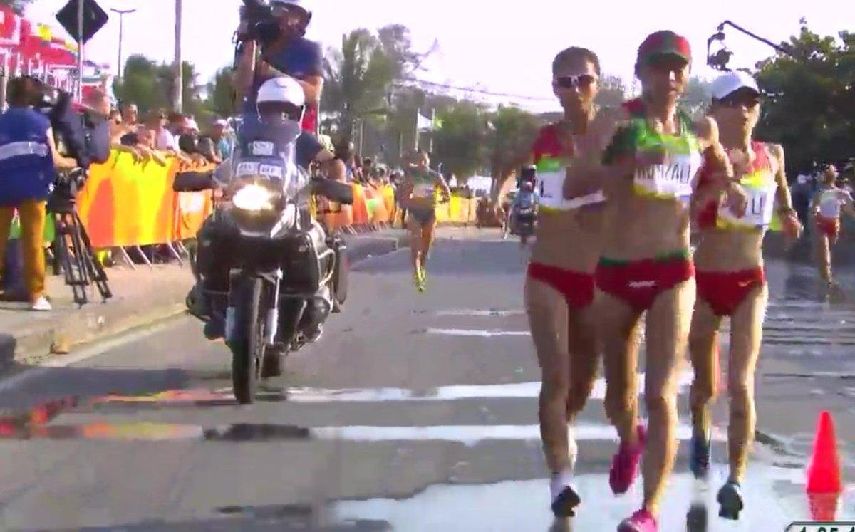 #ViveRioXCONADE Consigue Guadalupe González medalla de #plata, en la marcha 20km https://t.co/zKZAqrQirk