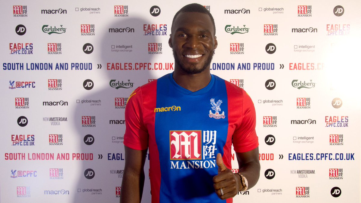 Crystal Palace confirm signing of Christian Benteke from Liverpool