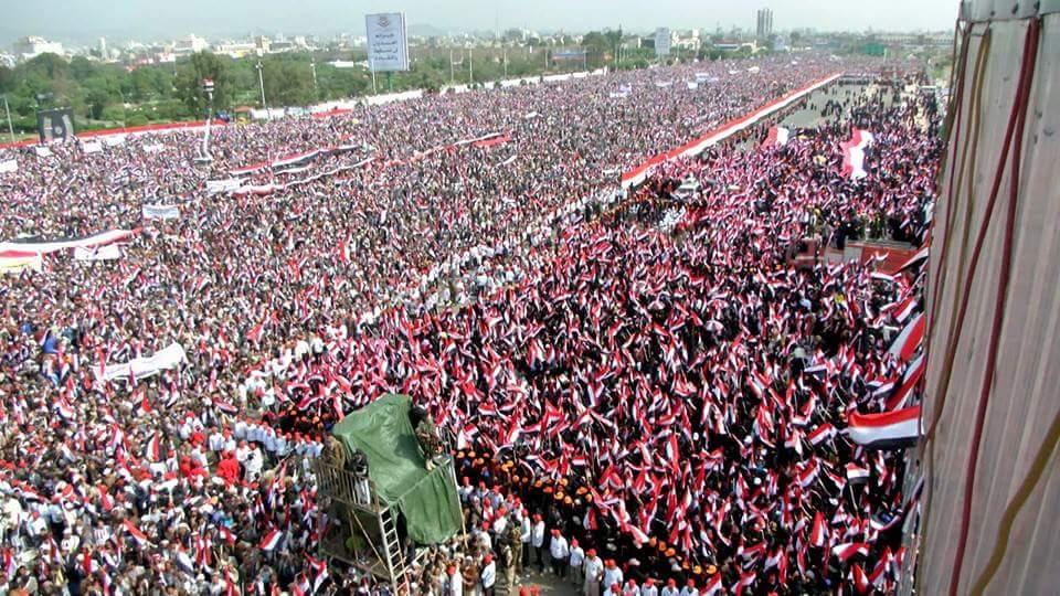 ملايين اليمنيين يهتفون ضد العدوان السعودي على أراضيهم CqT4S90WcAAwJKX