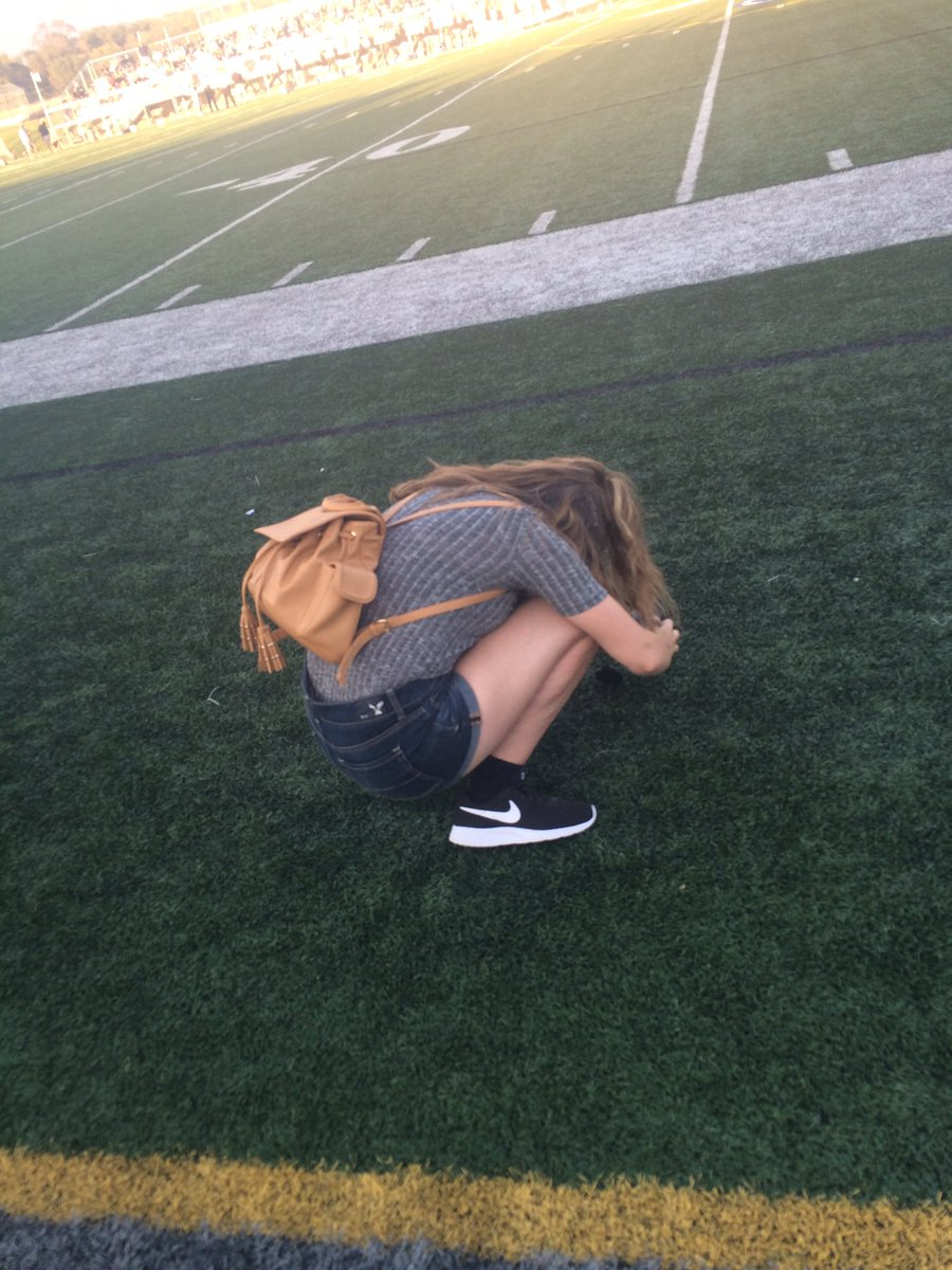 Syd took this when I was taking a picture of the game... #YearbookPhotography #JDCHSpic.twitter.com/BF0hLZkRZj