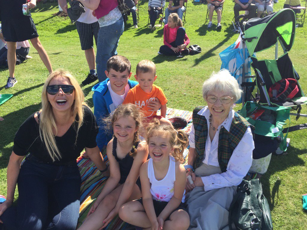 It's a proper families day here at Nairn Highland Games x https://t.co/MkOQxFHKtV