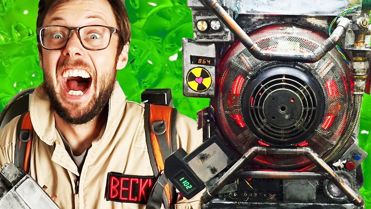We did a sweet Proton Pack build! Thanks @tongal for sponsoring us. #Ghostbusters @paulfeig https://t.co/11lllbFZMg https://t.co/XUwIuqpmtD