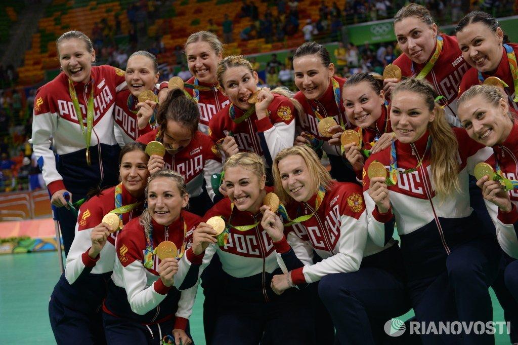 POLINA KUZNETSOVA (RUS) CqVQHRWWYAAd-Ol
