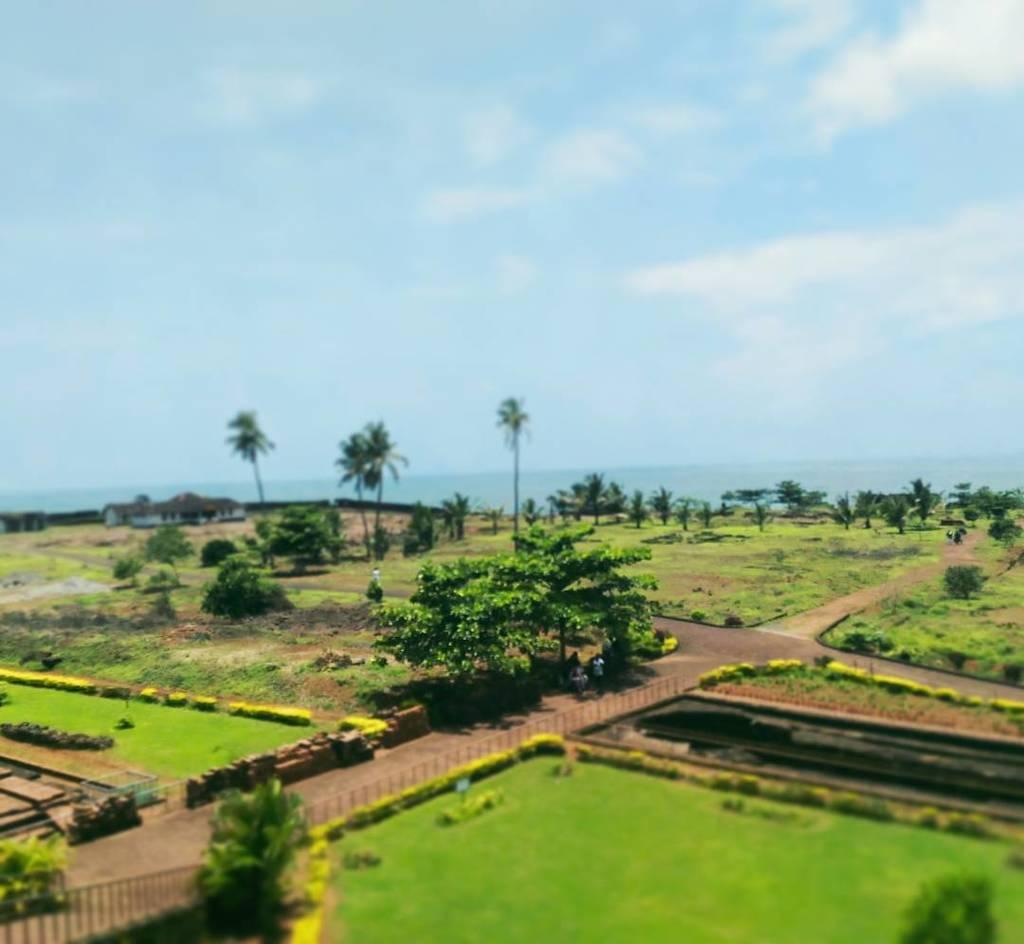 An afternoon at Bekal fort, Kerala 😍 #travelisamust #lovehearingdifferentlanguages #bekalf… http://ift.tt/2bM2aBO