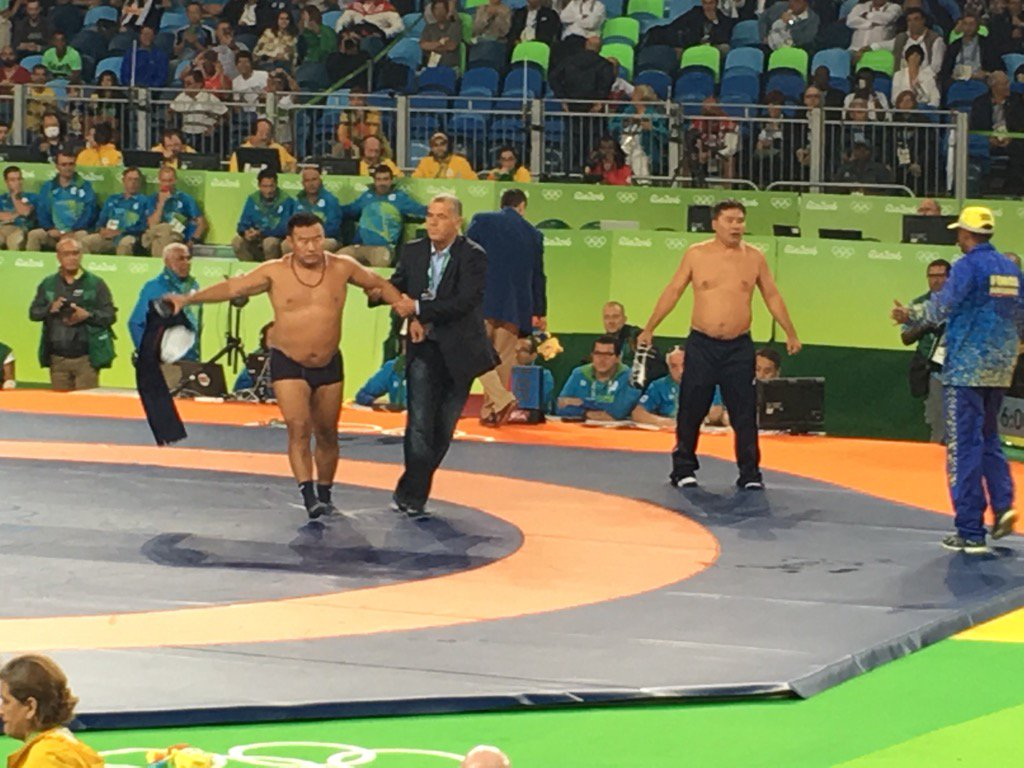 Mongolia Coaches protesting the call that their wrestler lost. Best moment of the day at #RioWrestle #Rio2016 https://t.co/czON43w2ZA