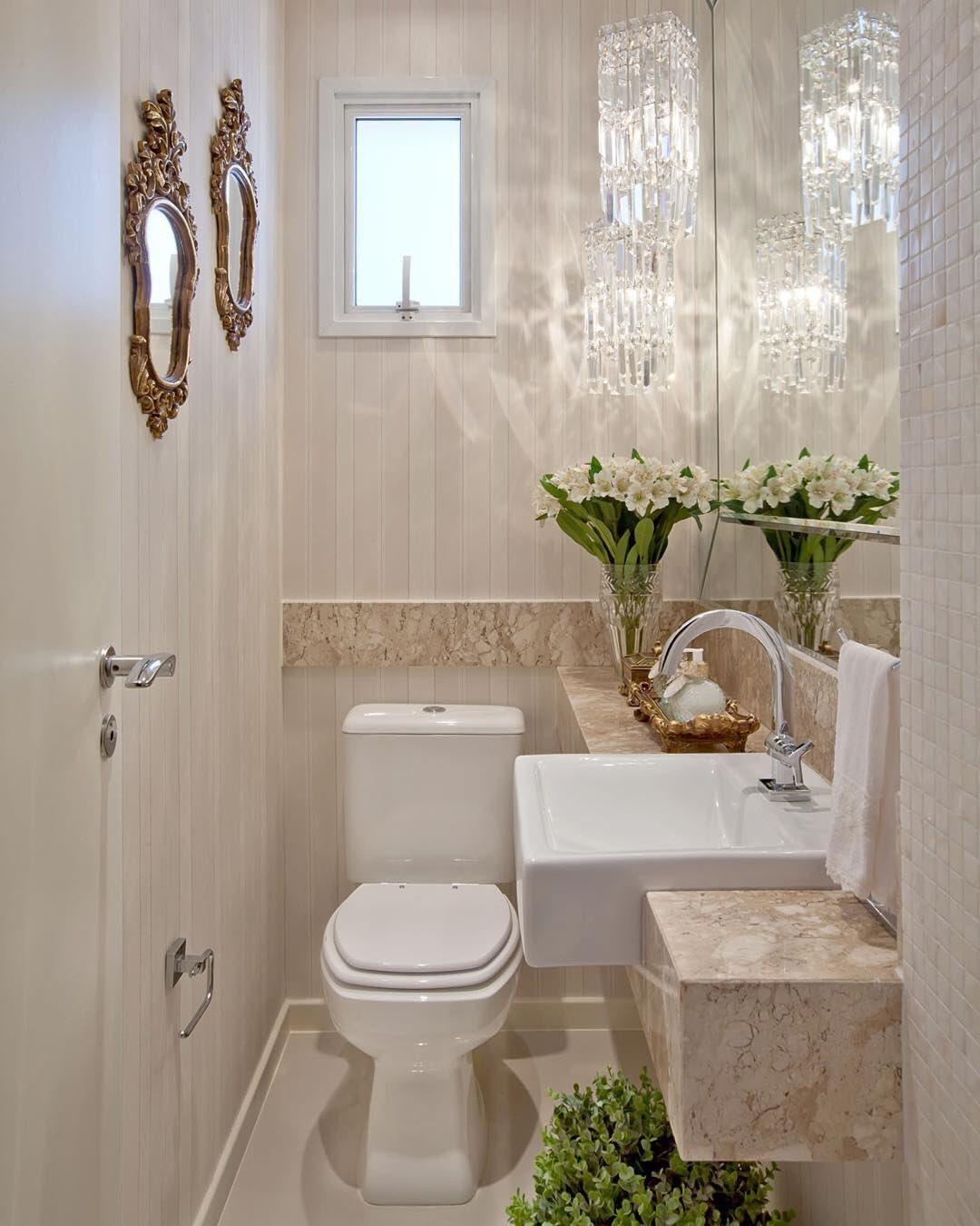 Resultado de imagem para lustres de cristal para lavabo