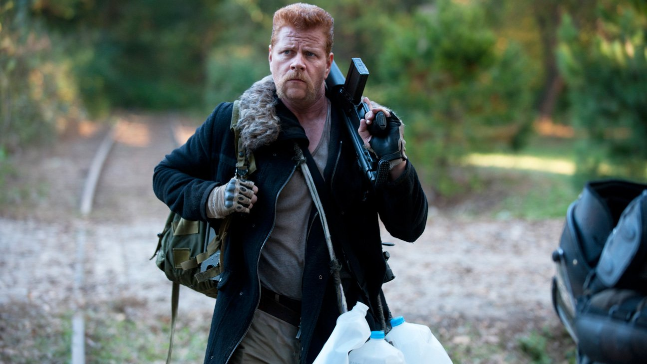 """#TWD's Abraham: """"We have probably the strongest female cast of any show out there"""" https://t.co/16TYmb62Hq https://t.co/BDIlUbAEQU"""