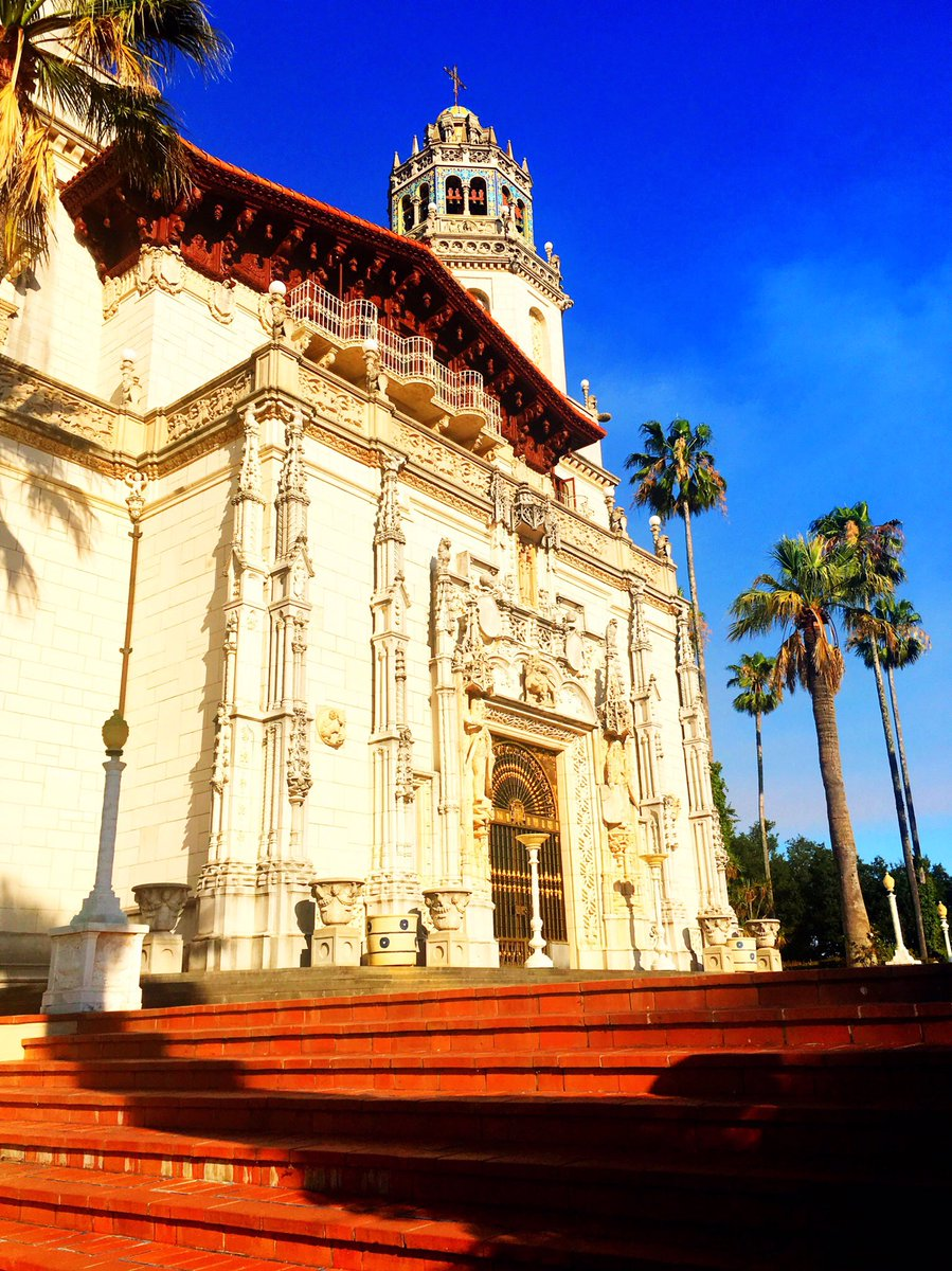 the origin and history of hearst castle Hearst gradually acquired more property around san simeon, including the 13,184-acre rancho santa rosa and the 4,469-acre rancho san simeon at first, they used it primarily as a stud farm, and leased dairy farms to local residents.