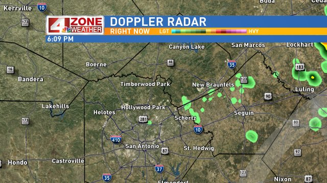 A Few Showers moving in quickly from the NE. Brief downpours can be expected across parts of SA.