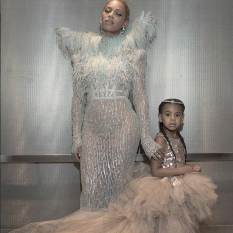 The Best Celebrity Instagrams from the VMA's https://t.co/7OLVn3iMfU https://t.co/tXgXkxy1IK