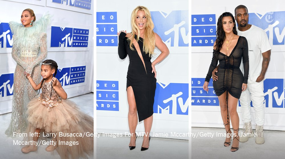 See VMA fashion arrivals including @Beyonce (with Blue Ivy) @kimkardashian & @britneyspears https://t.co/p6Lt0Bgq5V https://t.co/VocWju4Sei