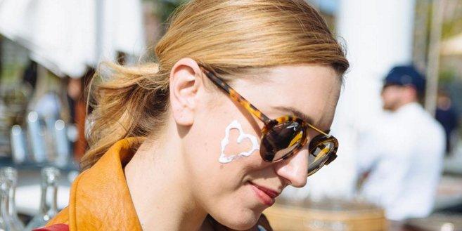How to add sunscreen if you're already wearing makeup: https://t.co/bqv8xPxT6m https://t.co/zovC5Dlz22