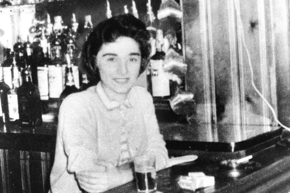 One of the year's best documentaries recalls and restores the tragic life of Kitty Genovese. https://t.co/4yACQhnt88 https://t.co/f7CdJ4Knbv