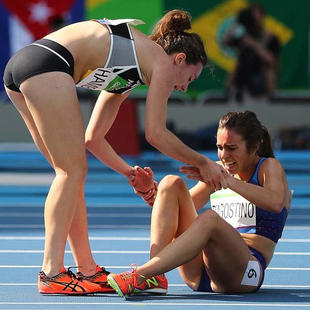 Atleta que ajudou rival na queda recebe medalha de Fair Play do COI https://t.co/UxEVZ4zmV2