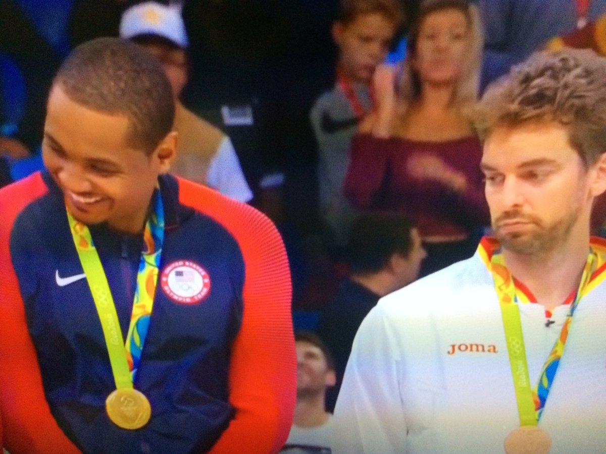 """Those golds look cool."" - Pau https://t.co/I7rQc1r2o8"
