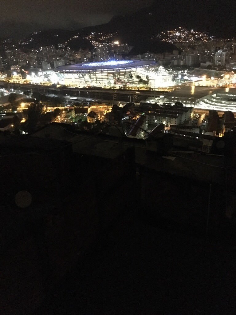 Right now: The lights of Maracana. Below Mangueira favela is dark. Power knocked out. Residents can't watch closing https://t.co/0pDlUa8W2T