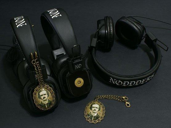 #headphones #goth #gothic #victorian #vintage #edgarallanpoe #creepy   - Buy here: https://t.co/h7099qIGt7