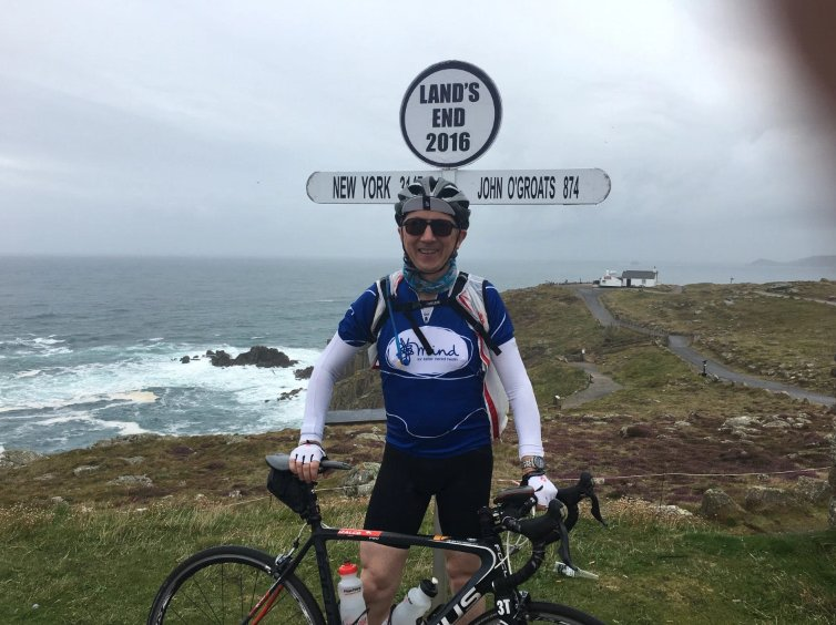 11 straight hours of cycling - Howard's started LEJOG to raise for @MindCharity https://t.co/MWLKqgErFL Keep it up!