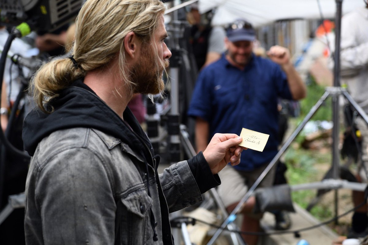 Thor: Ragnarok photos set