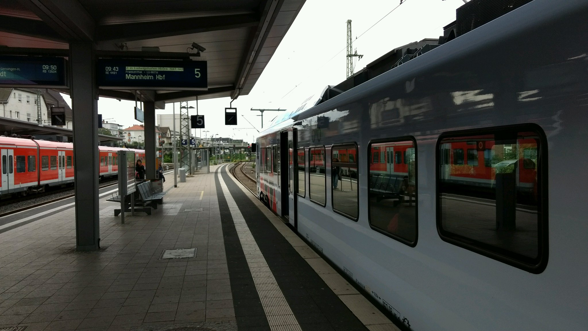 I'm at Worms Hauptbahnhof in Worms, RP https://t.co/OPzfnQx7QJ https://t.co/kRpryfXMbq