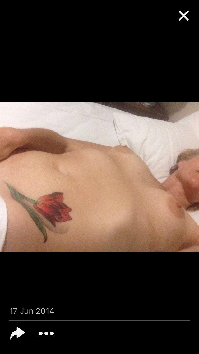 Nude Selfie 7905