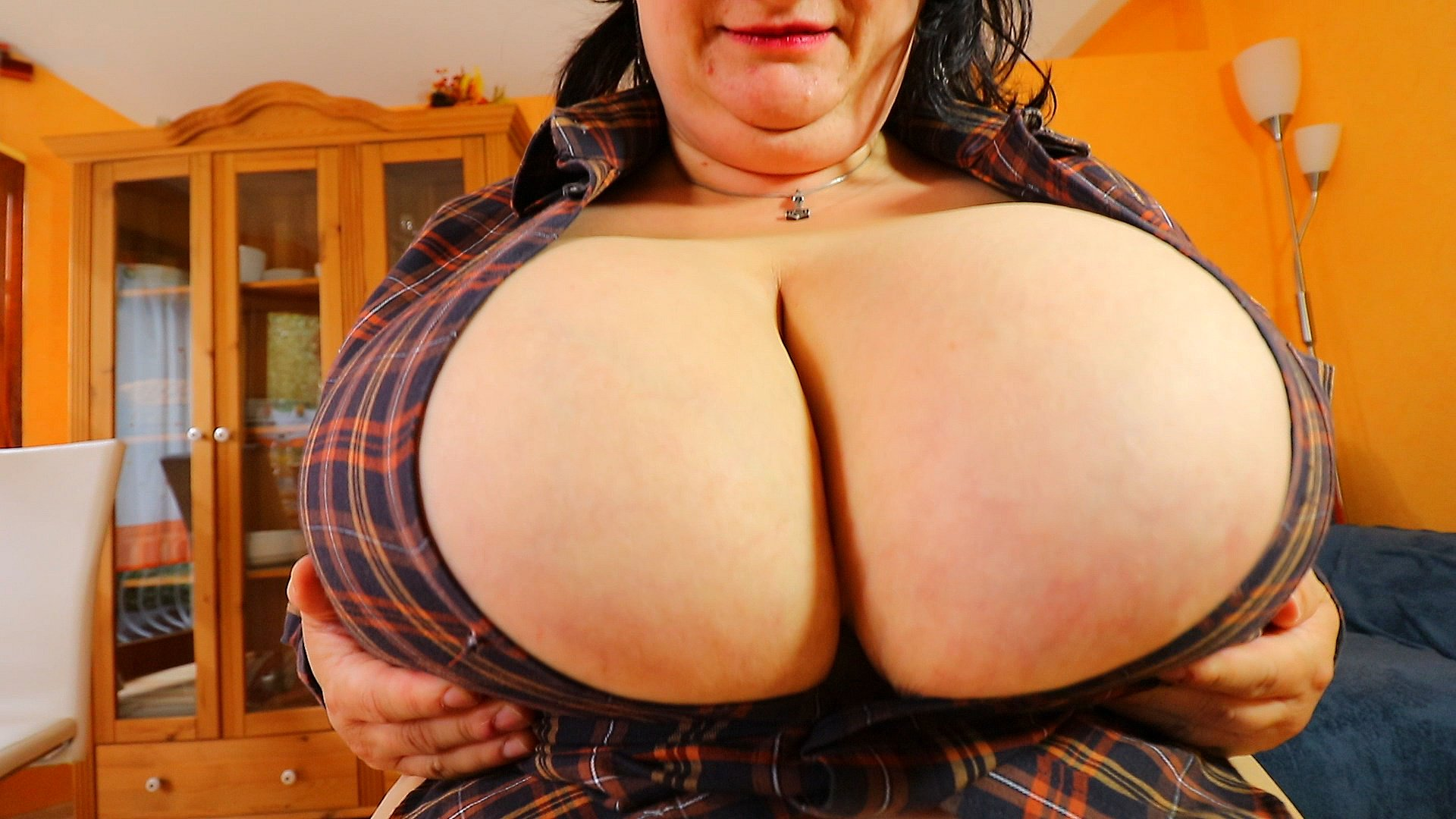 """Maja Magic on Twitter: """"44M boobs burst out of a too small shirt With our new model @sunniva38 ..."""