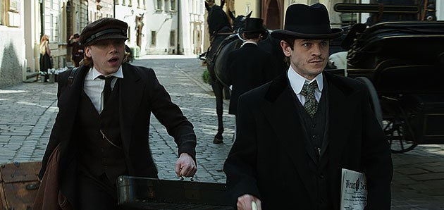 Here's a new photo from #AdolfTheArtist with the handsome Rupert and @iwanrheon both featured :) https://t.co/bnXerc30nn