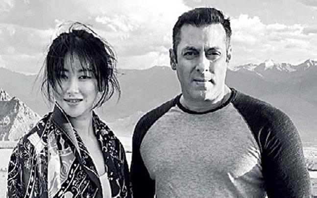 .@kabirkhan's Tubelight,on 1962 Indo-China war stars Chinese actress Zhu Zhu & @BeingSalmanKhan #IndiaTodayMagazine